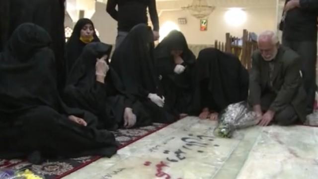 مزار مدافع حرم شهید زمانی نیا