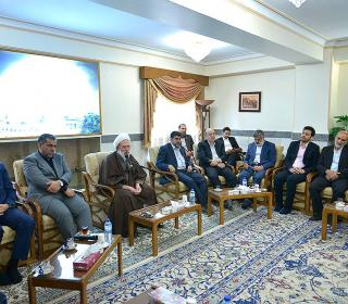 Visiting of governor and mayor of REY city with trusteeship of holy shrine