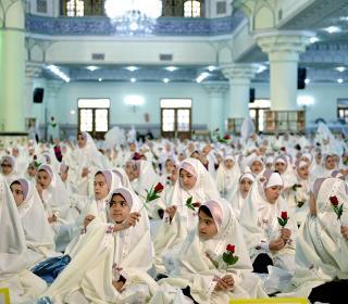 جشن تکلیف 1700 نفر از دانش آموزان دختر آموزش و پرورش شهرری