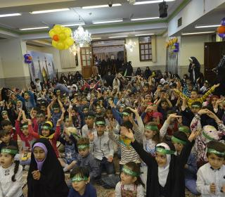 جشن کودکان حسینی در آستان مقدّس - عکس : صادقی 10-02-96