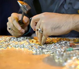 مستند کارگاه ساخت ضریح حضرت عبدالعظیم (ع) پخش شده از شبکه دو سیما